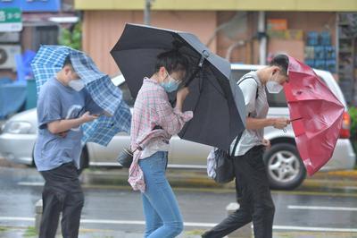 一到周末就下雨?未来一周都有雨?青岛近期雨雨雨,原因是…