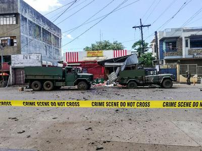 菲律宾南部爆炸事件已致7名士兵、1名警察、6名平民和1名自杀式袭击者死亡