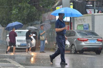 青岛今年夏季多暴雨,接下来的秋季雨水还是不少,气象专家发出重要提醒!