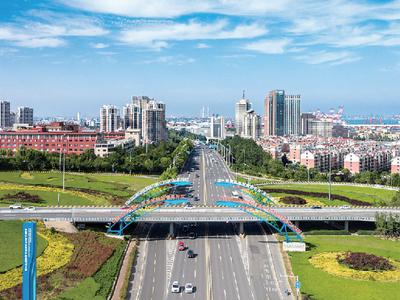 山东自贸试验区青岛片区首批新认证AEO企业获颁证书