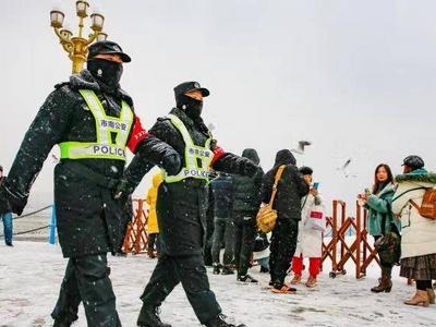 组织警力全力做好工作!青岛公安启动应对城市冰雪灾害三级响应