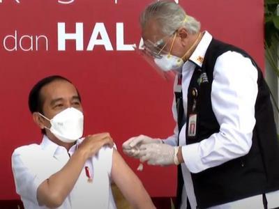佐科:我成为印尼首个中国新冠疫苗接种者,感谢中方支持