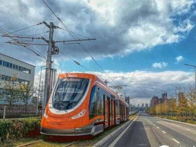 有轨电车今起调整发车间隔,城阳区多个区域增设公交站点