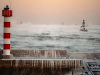 """冻成仙境!零下16℃青岛海面现最壮观""""海浩"""""""