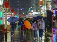 吃货的欲望,一场雨是浇不灭的!