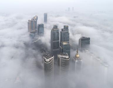 未来三天大雾出没!端午假期青岛无雨适宜出游,沿海一带清凉
