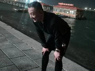 """人民日报转发、全国网友点赞......跳海救人的青岛小伙将获""""见义勇为""""称号"""