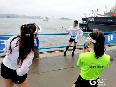 赛道上风景!观海新闻记者跑者视角看青马