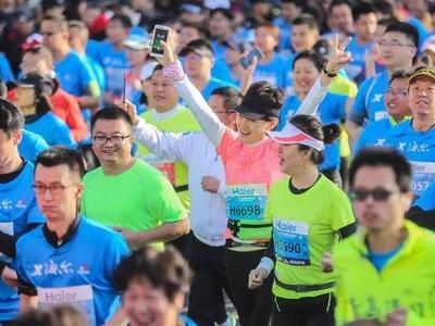 """助力马拉松,青岛这两条地铁线提前半小时""""开跑"""",还有这些调整……"""