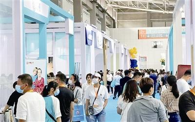 第三届中国童装产业博览会在即墨开幕,800余家企业1500余个品牌参展