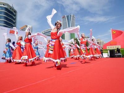 2021青岛市社区广场舞大赛揭幕,快来观海参与活动!