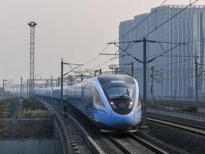 运量逐年增加、带动地区发展......我国高铁里程稳居世界第一