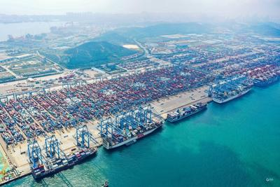 """再添全球首创!山东港口青岛港自动化桥吊""""一对多""""监控系统完成上线测试"""