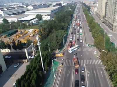 新进展!青岛中车大道拓宽改建项目预计11月底完成道路调流